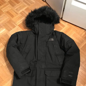 The North Face McMurdo Down Parka - Boys Size M